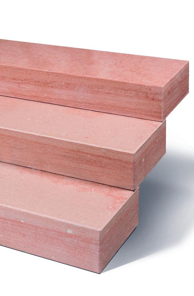 Blockstufen in pastell zinnober rot, klassisch., schier