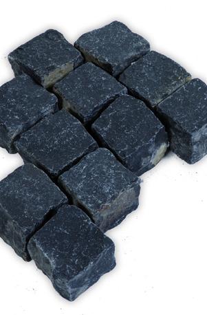 Pflastersteine in tiefem Schwarzgrau aus der Türkei (Basalt)