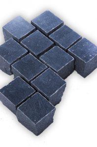 Gala dunkel bis schwarz Pflasterstein poliert