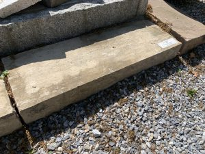 1. Trockenen Untergrund von Groben Unreinheiten befreien