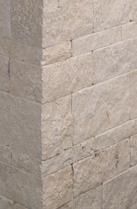 Sand-CremeFarbener Kalkstein Mauerstein