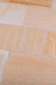 Rio Dorado wunderschöne beige bis orange farbene Terrassenplatten