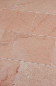 terrassenplatte Aravalli rötliche Pastellfarbe mit leichter Marmorierung