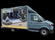 Kastenwagen. Fahrzeug von Natursteinpark Horn